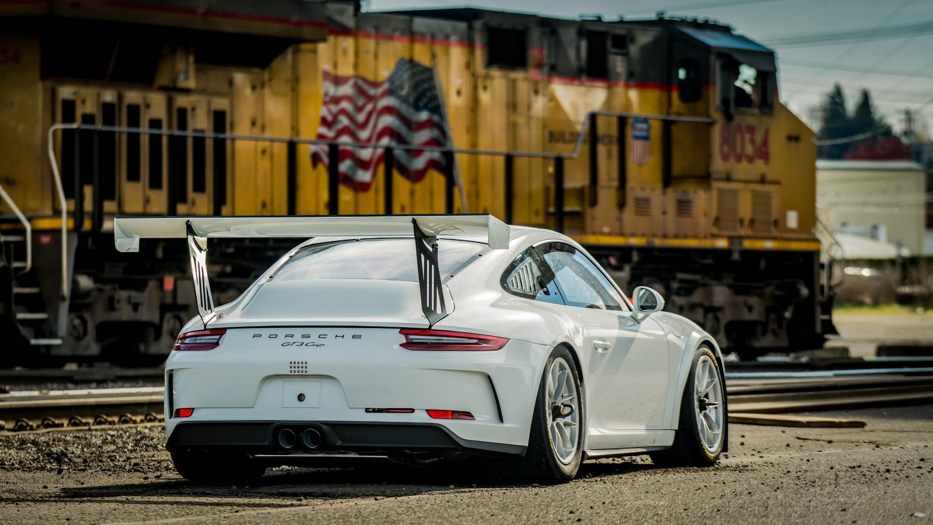 2018 Porsche GT3 Cup Car Race Car only 10 hours Spares $265k For Sale (picture 2 of 6)