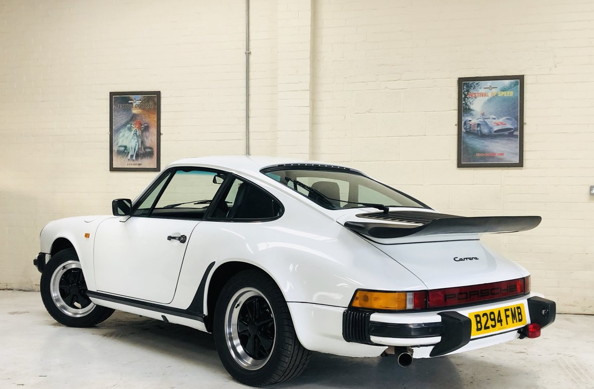 1985 PORSCHE 911 3.2 CARRERA COUPE - FANTASTIC VALUE For Sale (picture 2 of 6)