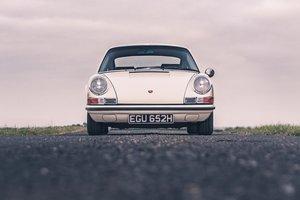 1970 Porsche 911E 2.2 MFI LHD. Superb.