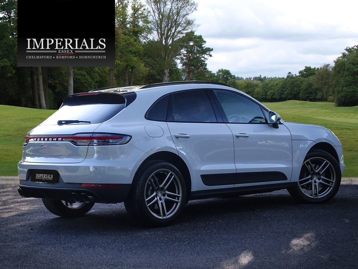 2018 Porsche  MACAN  2.0 2019 MODEL PDK AUTO  49,948 For Sale (picture 4 of 24)