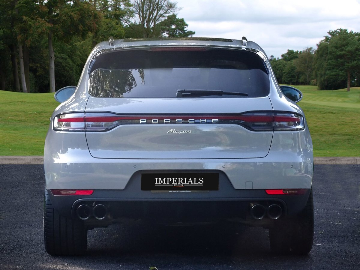 2018 Porsche  MACAN  2.0 2019 MODEL PDK AUTO  49,948 For Sale (picture 12 of 24)