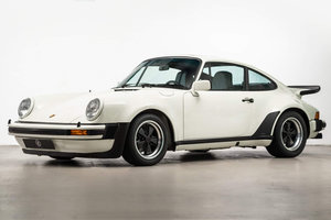 Fully restored Porsche 911 930 Turbo