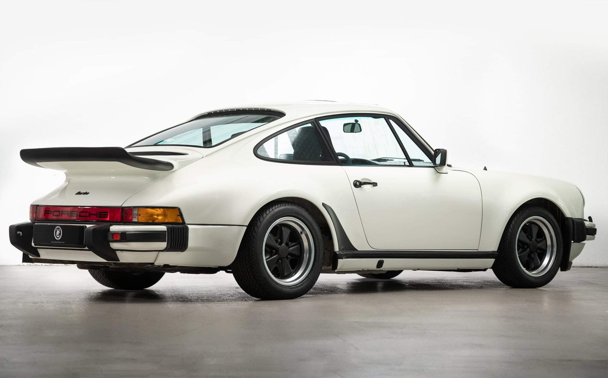 1976 Fully restored Porsche 911 930 Turbo For Sale (picture 3 of 20)