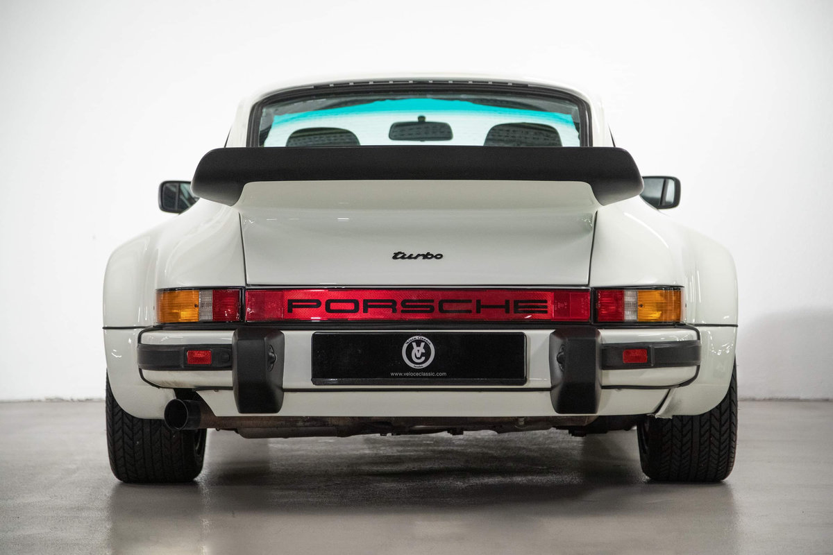 1976 Fully restored Porsche 911 930 Turbo For Sale (picture 4 of 20)