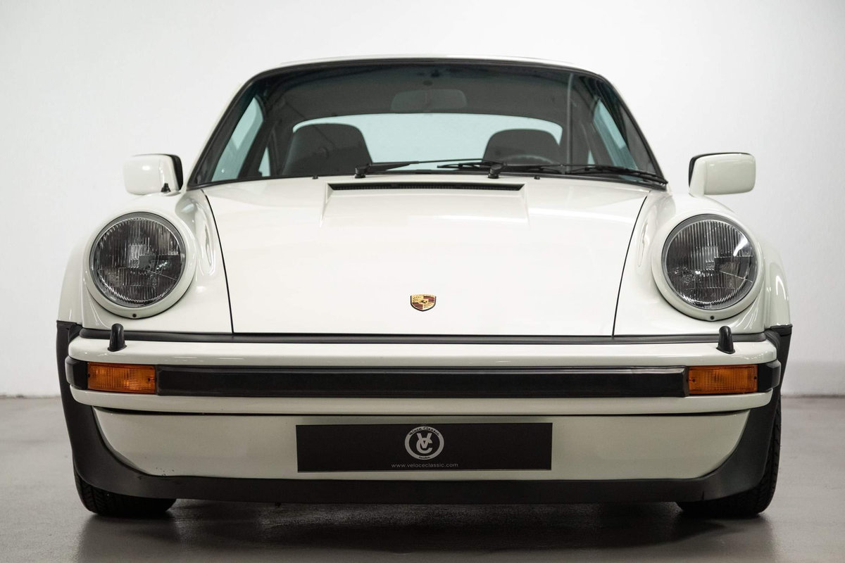 1976 Fully restored Porsche 911 930 Turbo For Sale (picture 5 of 20)
