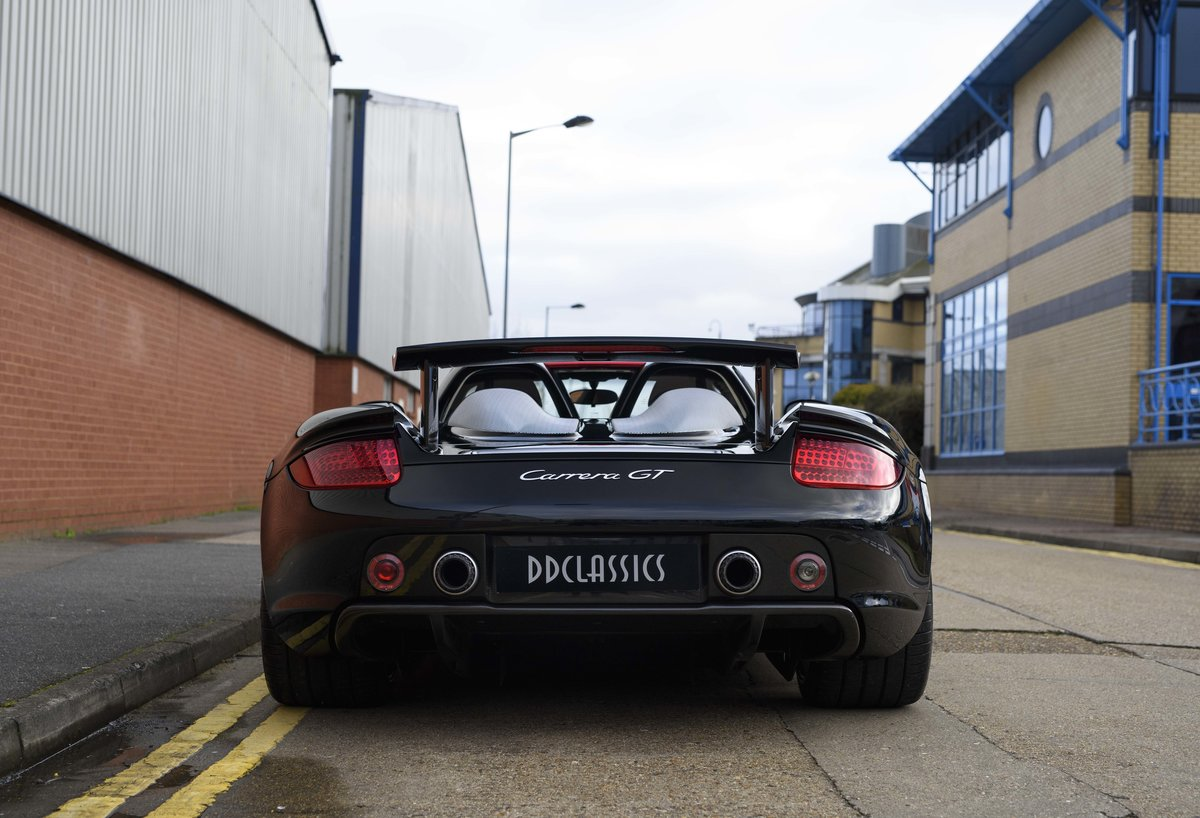 2006 Porsche Carrera GT (LHD) – For sale in London For Sale (picture 8 of 24)