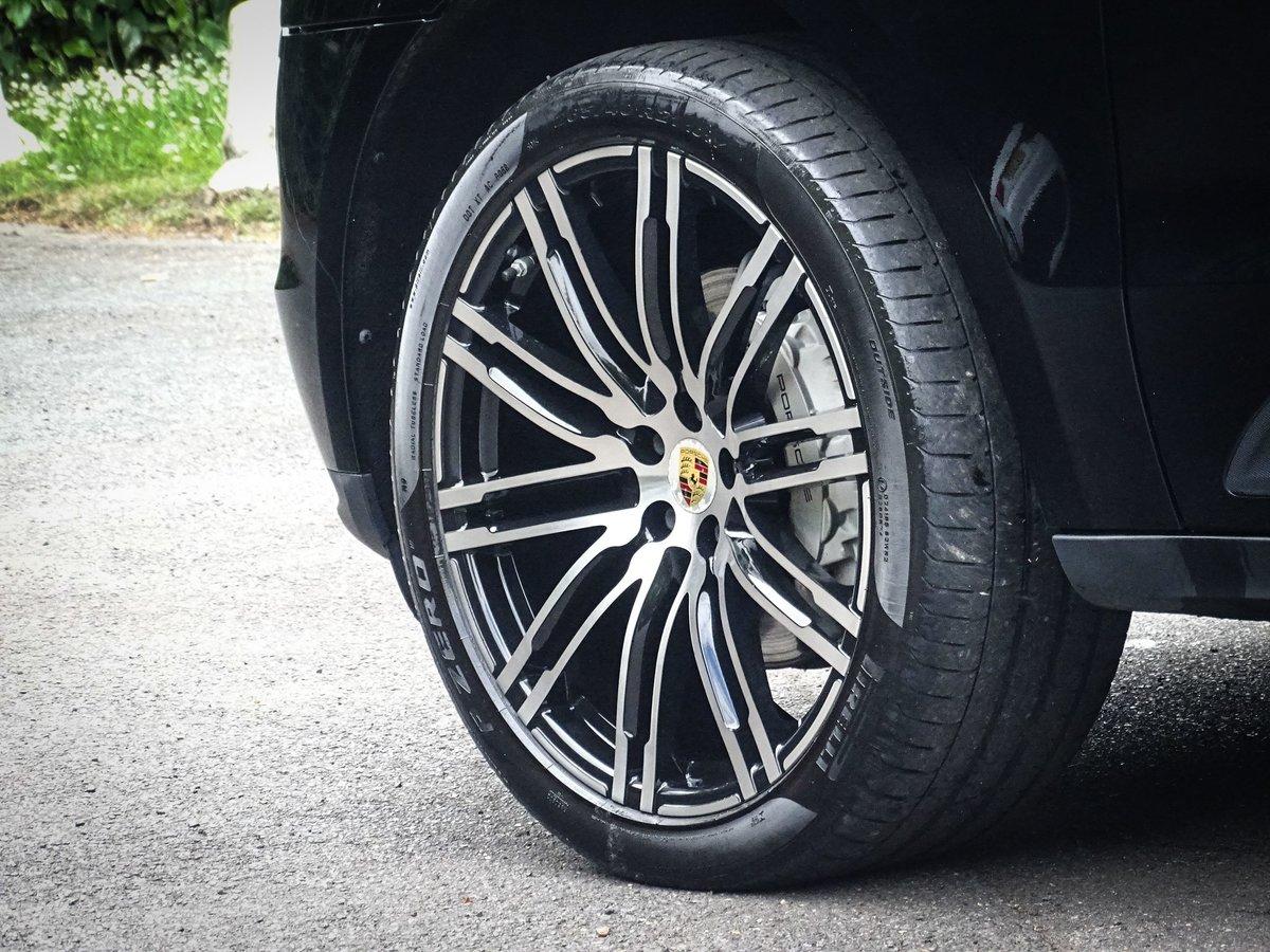 2015 Porsche  MACAN  3.0D S DIESEL 2016 MODEL EU6 PDK AUTO  34,69 For Sale (picture 5 of 24)
