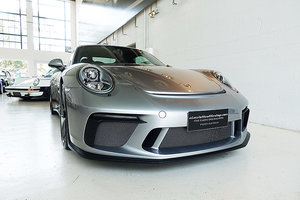 2017 excellent GT3 in GT Silver, low kms, books etc For Sale