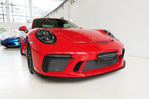 Picture of 2017 GT3 in striking Guards Red, lots of options, books etc. SOLD