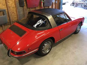 1968 912 Targa Soft Window Red solid driver Rare $49.9k For Sale