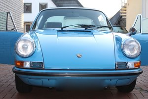 1969 911 E Targa, fully restored, matching, pastellblau For Sale