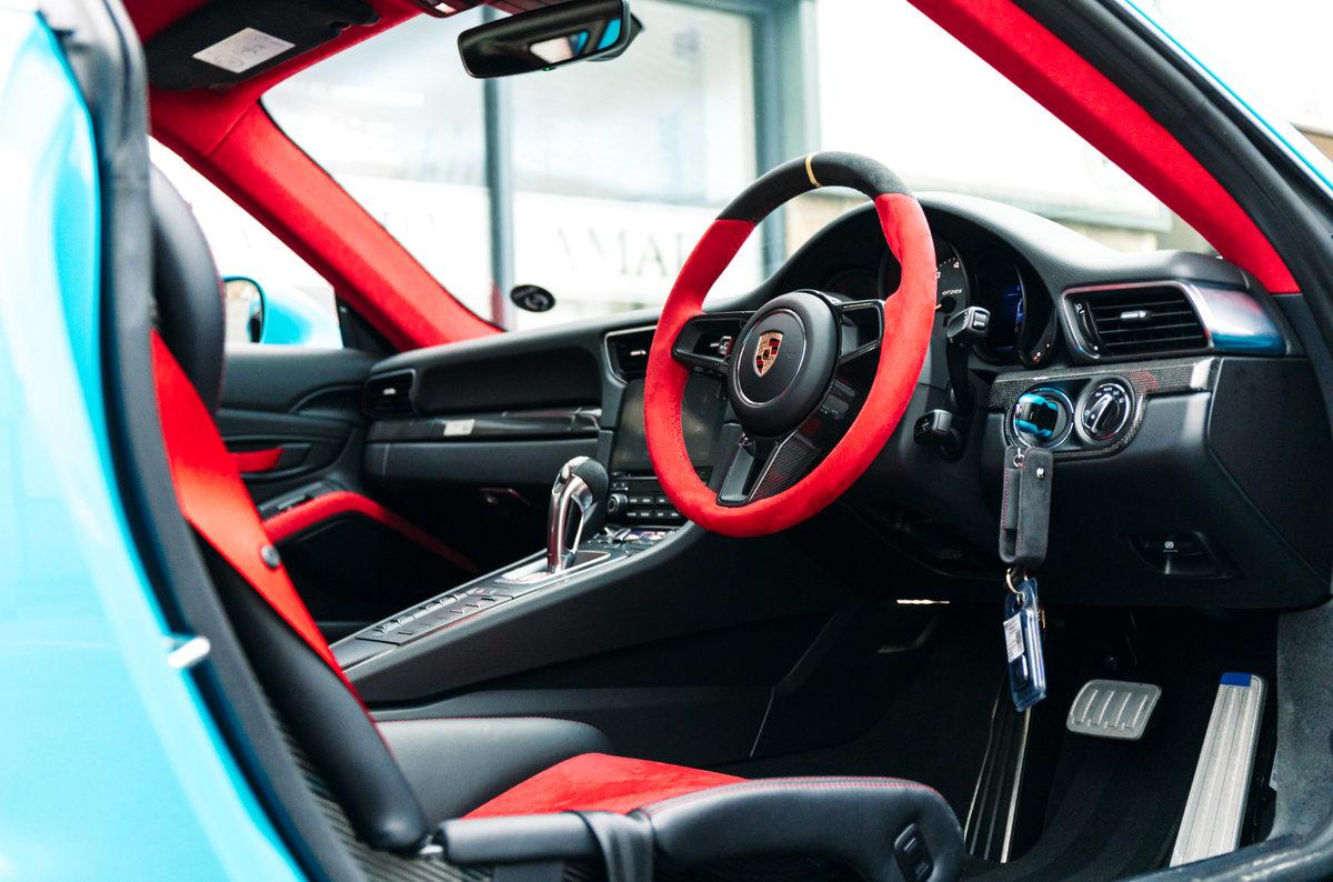 2018 18 Porsche 911 991 GT2 RS - Miami Blue For Sale (picture 4 of 6)