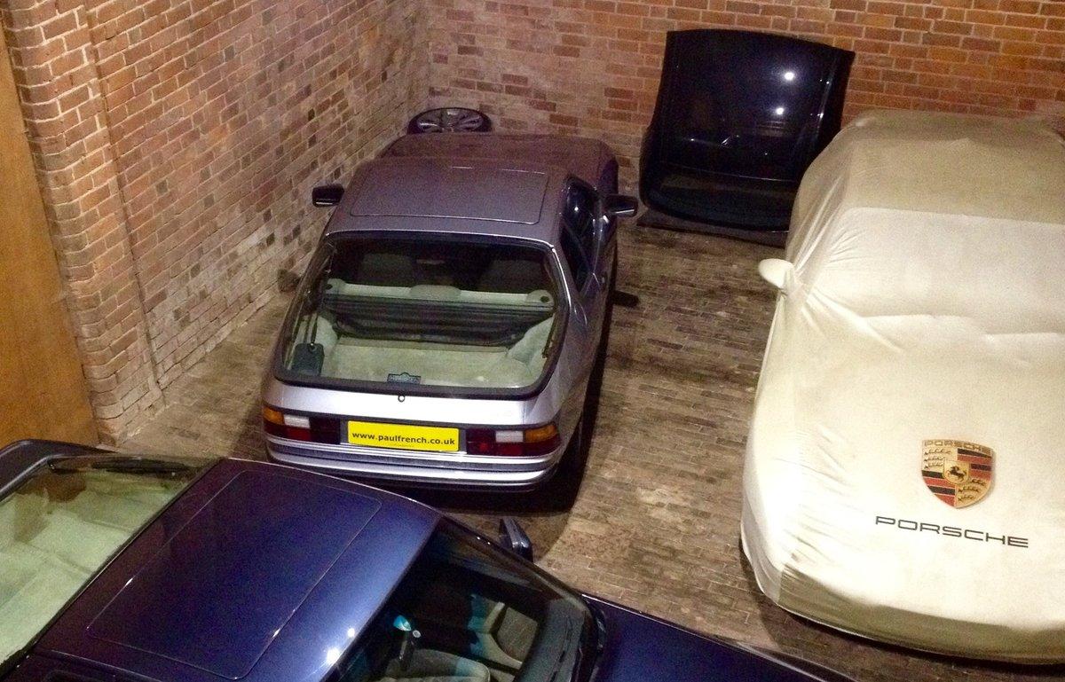 1983 Classic Porsche 924 - Recent Restoration Work For Sale (picture 1 of 6)