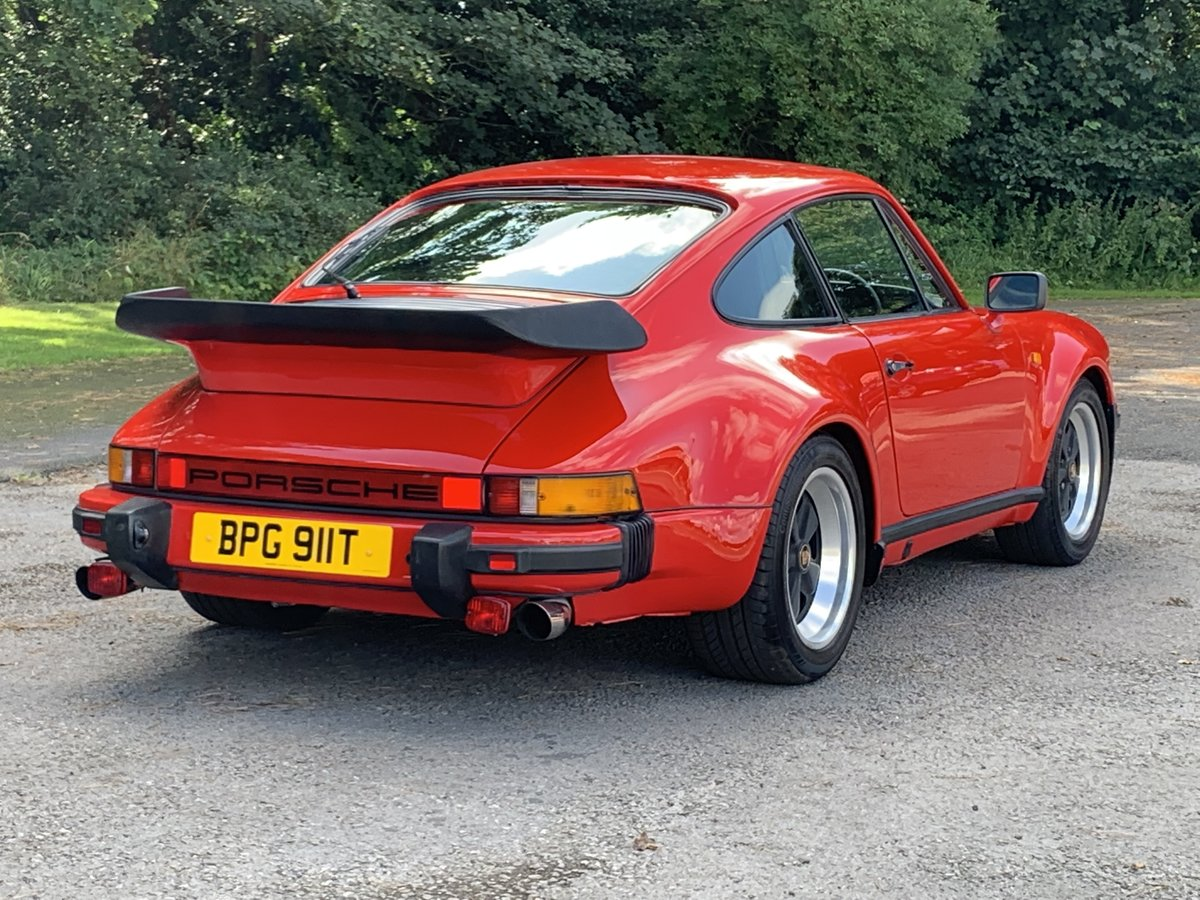 1984 PORSCHE 911 3.2 CARRERA COUPE. GUARDS RED For Sale (picture 2 of 6)