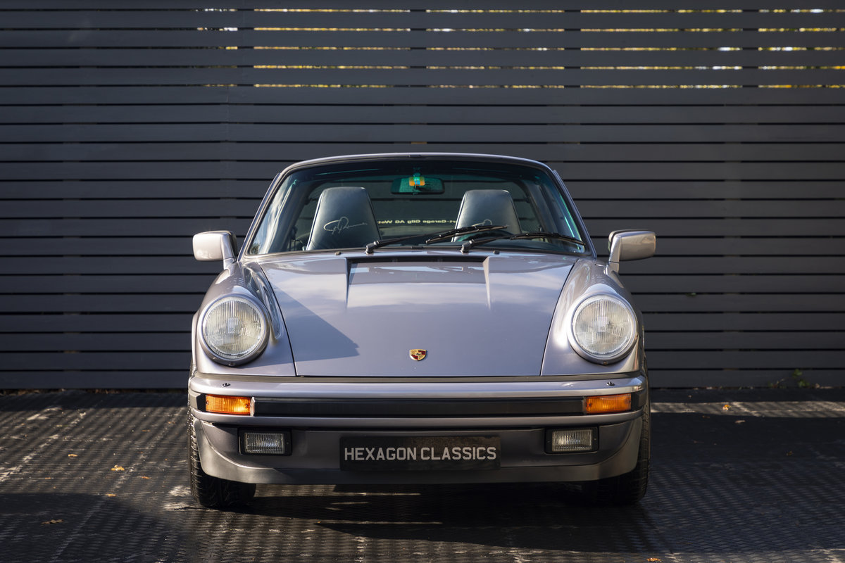 1988 PORSCHE 911 3.2 TARGA JUBILEE EDITION LHD SOLD (picture 5 of 17)