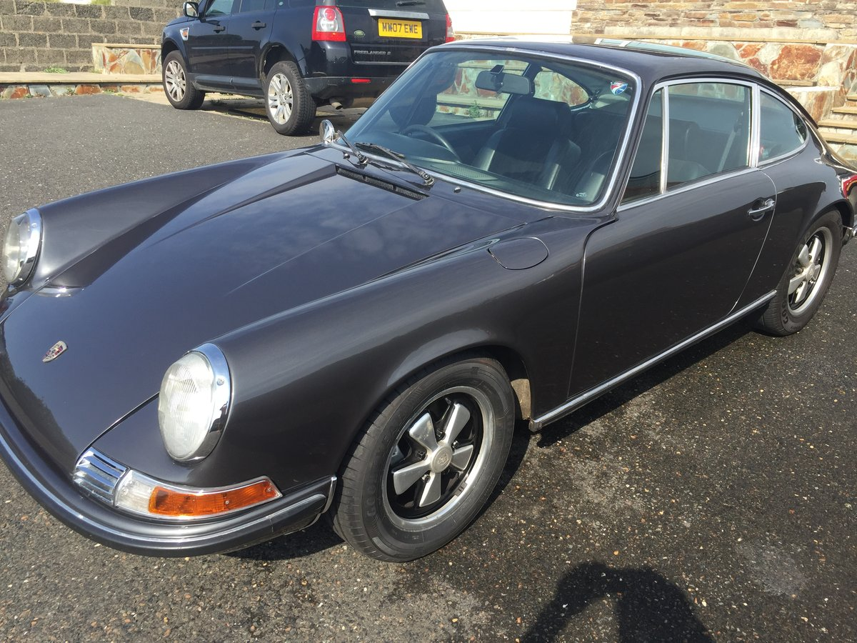 1971 Porsche 911T Coupe Original UK RHD **recent restoration** SOLD (picture 1 of 6)