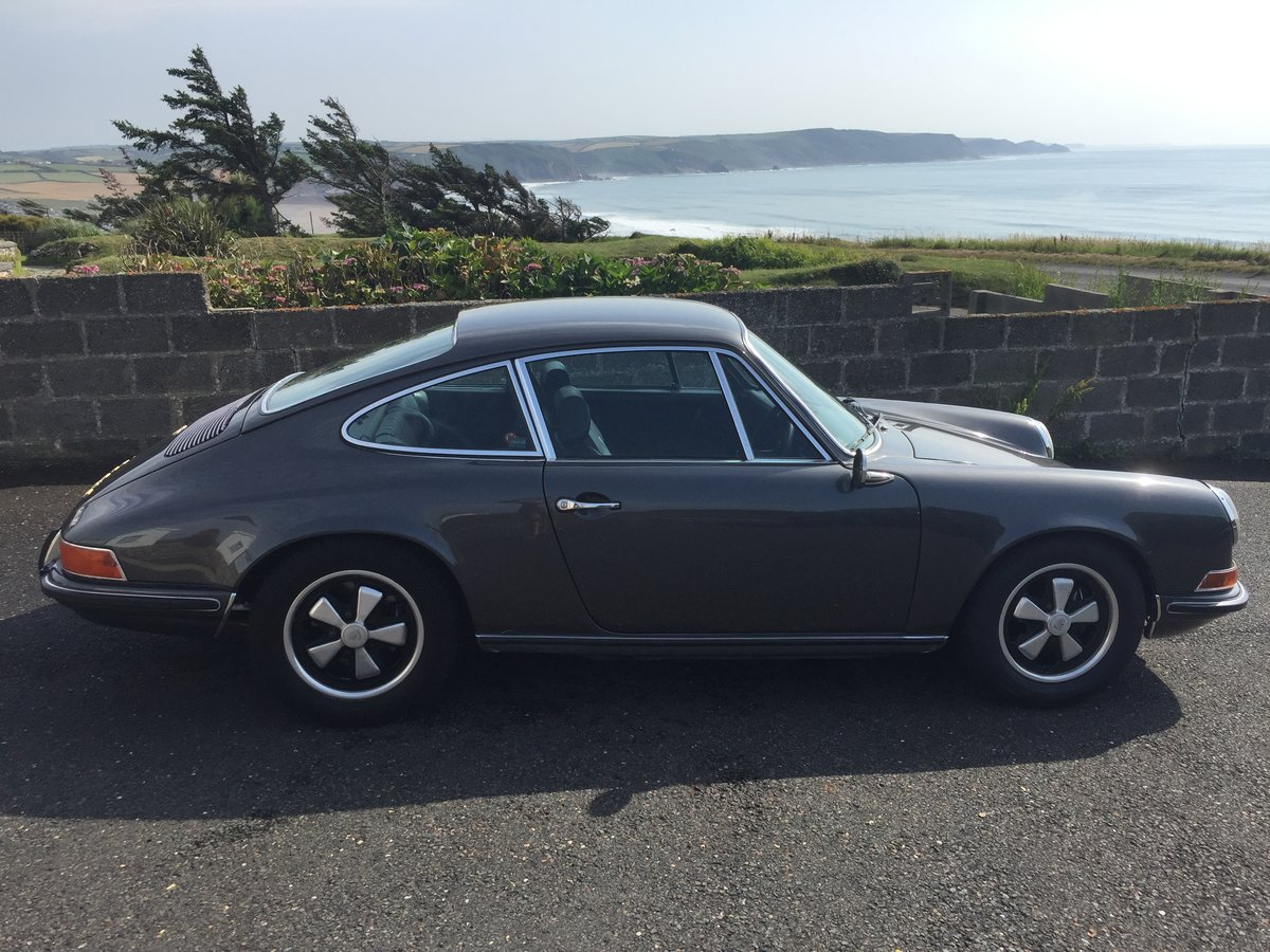 1971 Porsche 911T Coupe Original UK RHD **recent restoration** SOLD (picture 2 of 6)