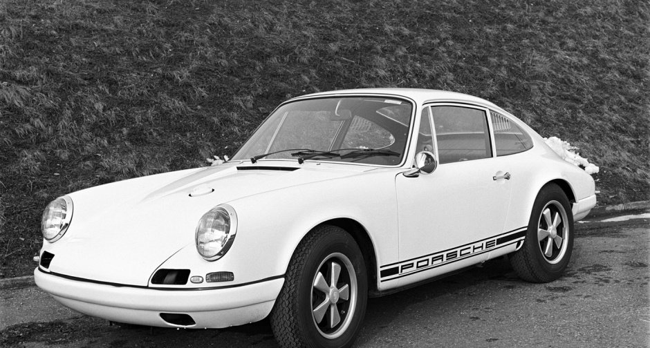 1967 Porsche 911 R one of 20 made For Sale (picture 2 of 6)