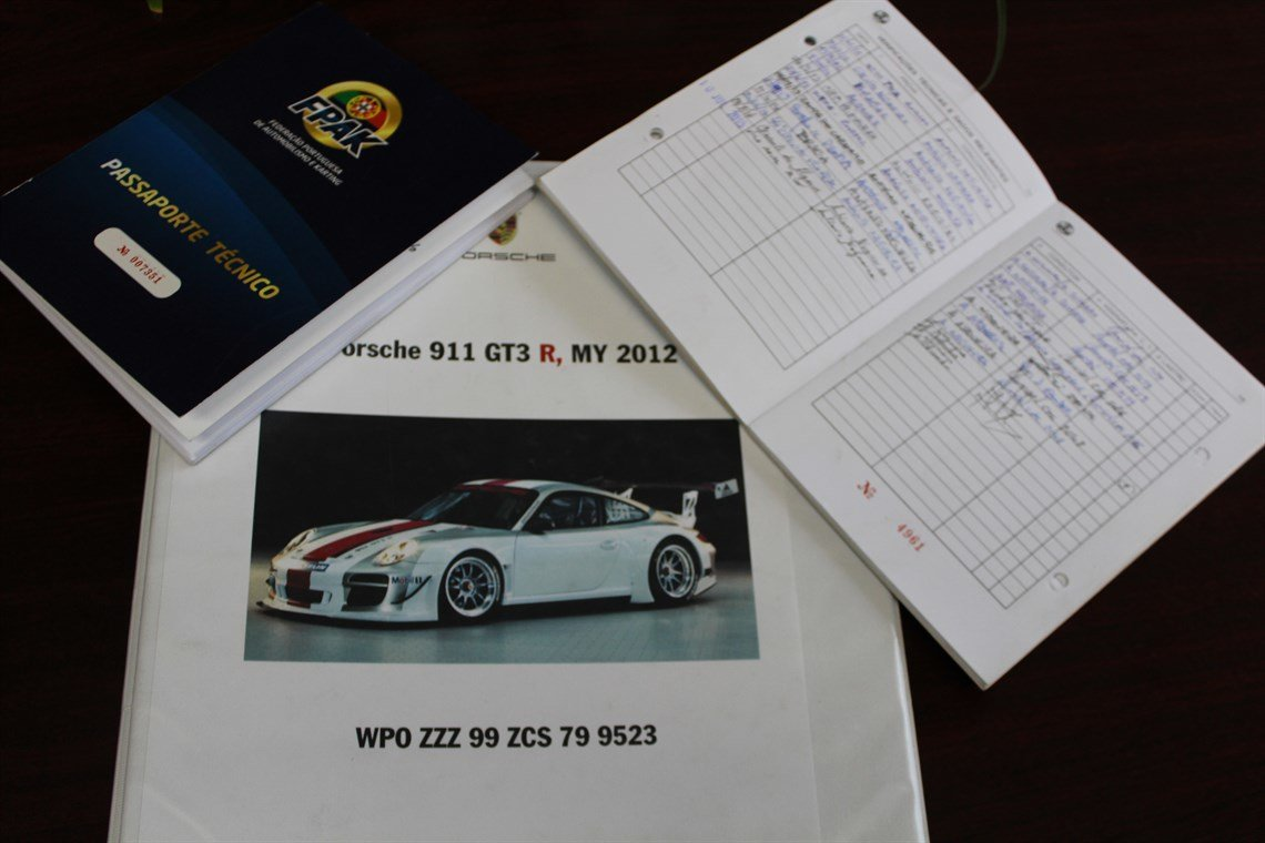 2012 Porsche gt3-r For Sale (picture 5 of 6)