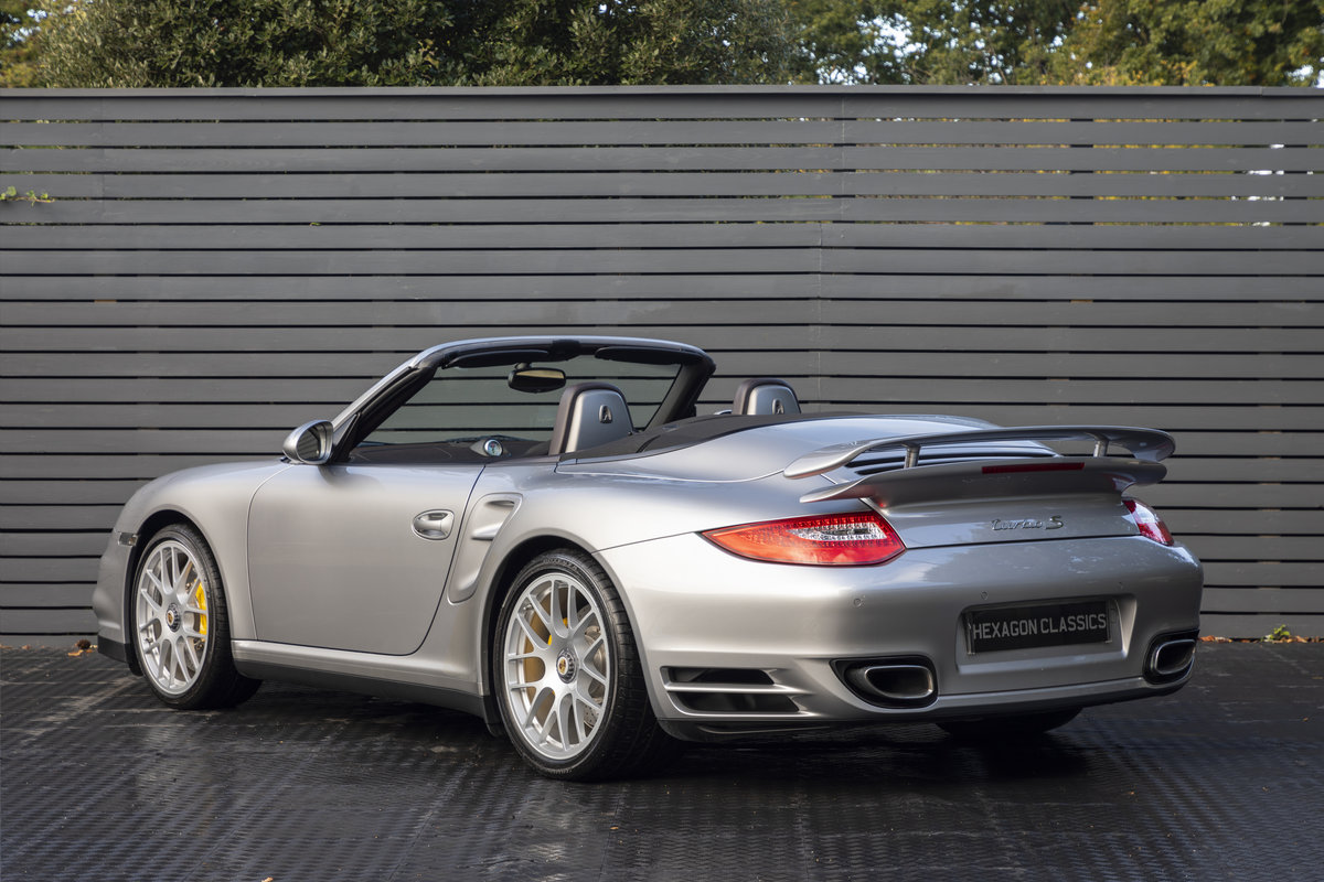 2010 Porsche 997 Turbo S Cabriolet  ONLY 1700 MILES For Sale (picture 2 of 23)