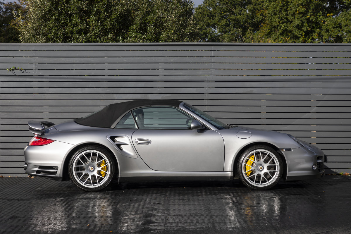 2010 Porsche 997 Turbo S Cabriolet  ONLY 1700 MILES For Sale (picture 3 of 23)