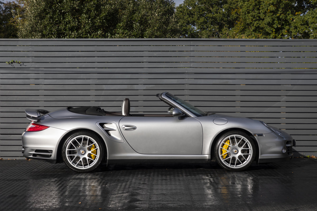 2010 Porsche 997 Turbo S Cabriolet  ONLY 1700 MILES For Sale (picture 4 of 23)