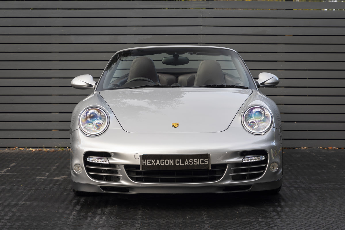 2010 Porsche 997 Turbo S Cabriolet  ONLY 1700 MILES For Sale (picture 5 of 23)