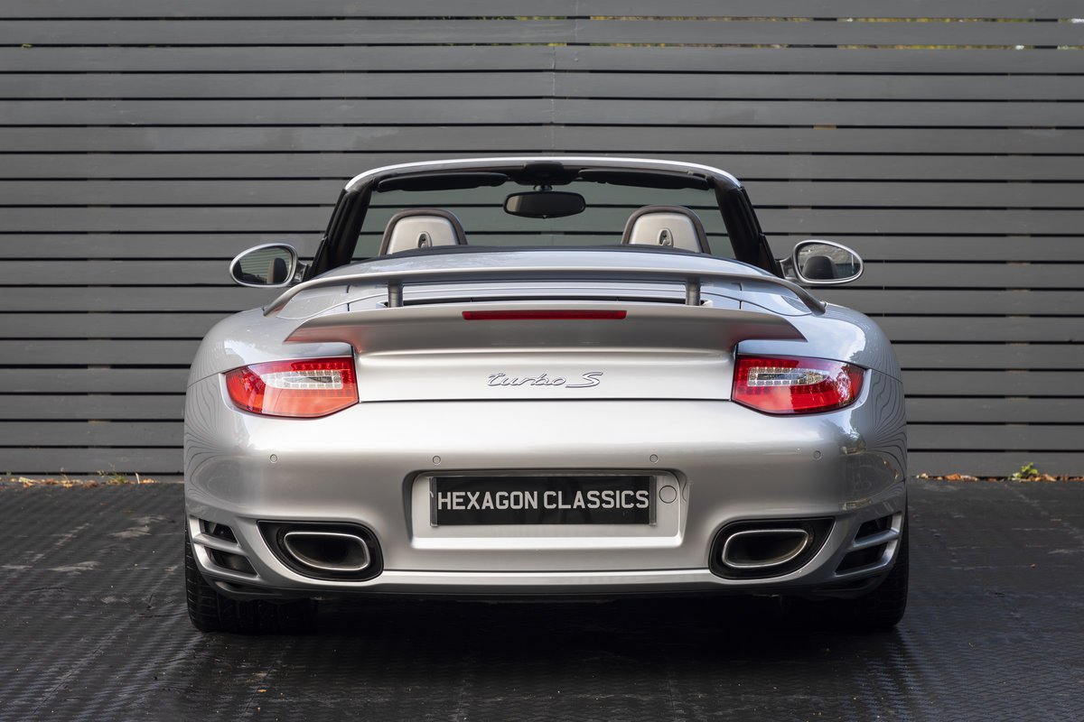 2010 Porsche 997 Turbo S Cabriolet  ONLY 1700 MILES For Sale (picture 6 of 23)