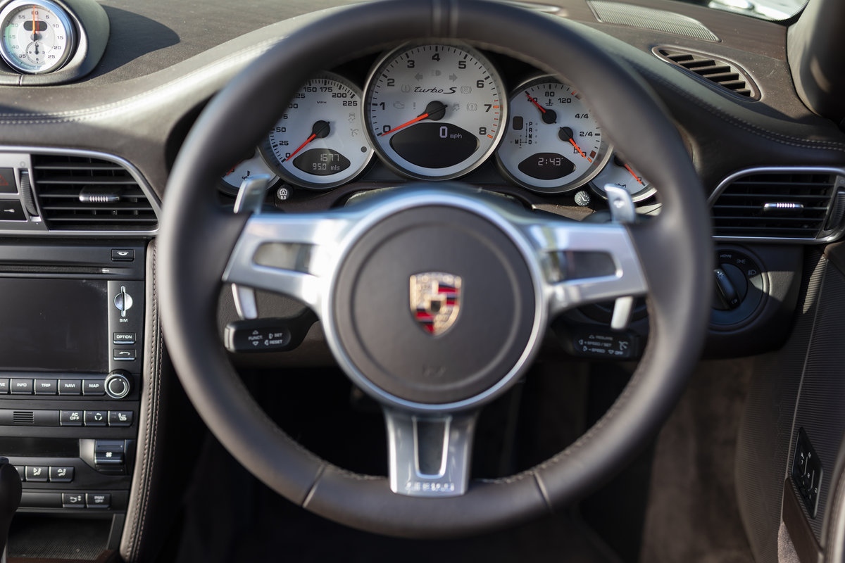 2010 Porsche 997 Turbo S Cabriolet  ONLY 1700 MILES For Sale (picture 8 of 23)