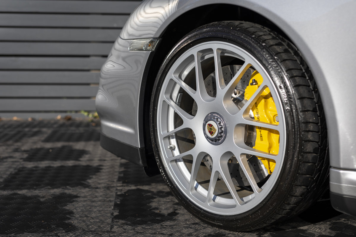2010 Porsche 997 Turbo S Cabriolet  ONLY 1700 MILES For Sale (picture 19 of 23)