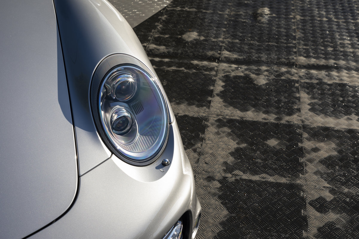 2010 Porsche 997 Turbo S Cabriolet  ONLY 1700 MILES For Sale (picture 21 of 23)