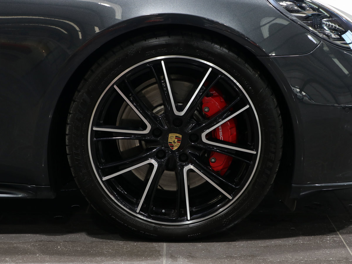 2019 19 68 PORSCHE PANAMERA 4.0T V8 GTS PDK AUTO For Sale (picture 4 of 6)