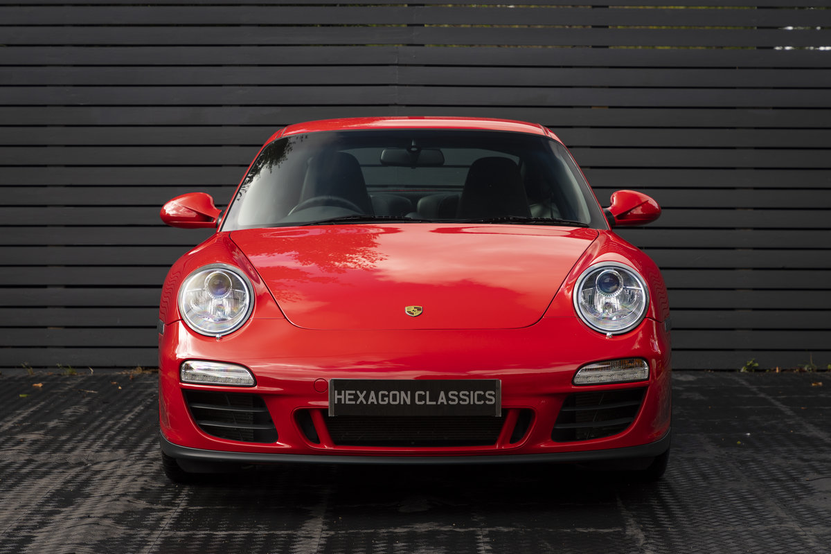 PORSCHE 911 (997) CARRERA GTS PDK COUPE, 2011  SOLD (picture 4 of 23)