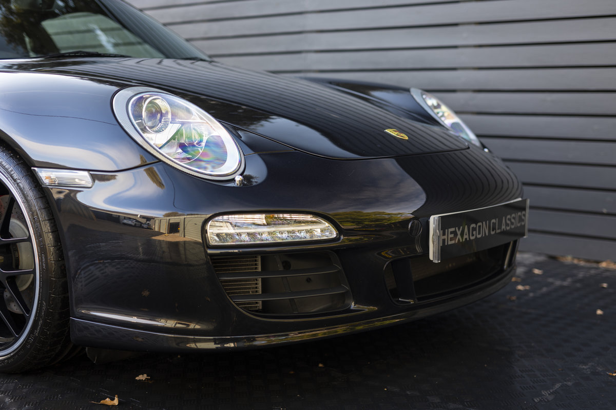 2011 PORSCHE 997 GTS COUPE PDK ONLY 22900 Miles For Sale (picture 8 of 18)