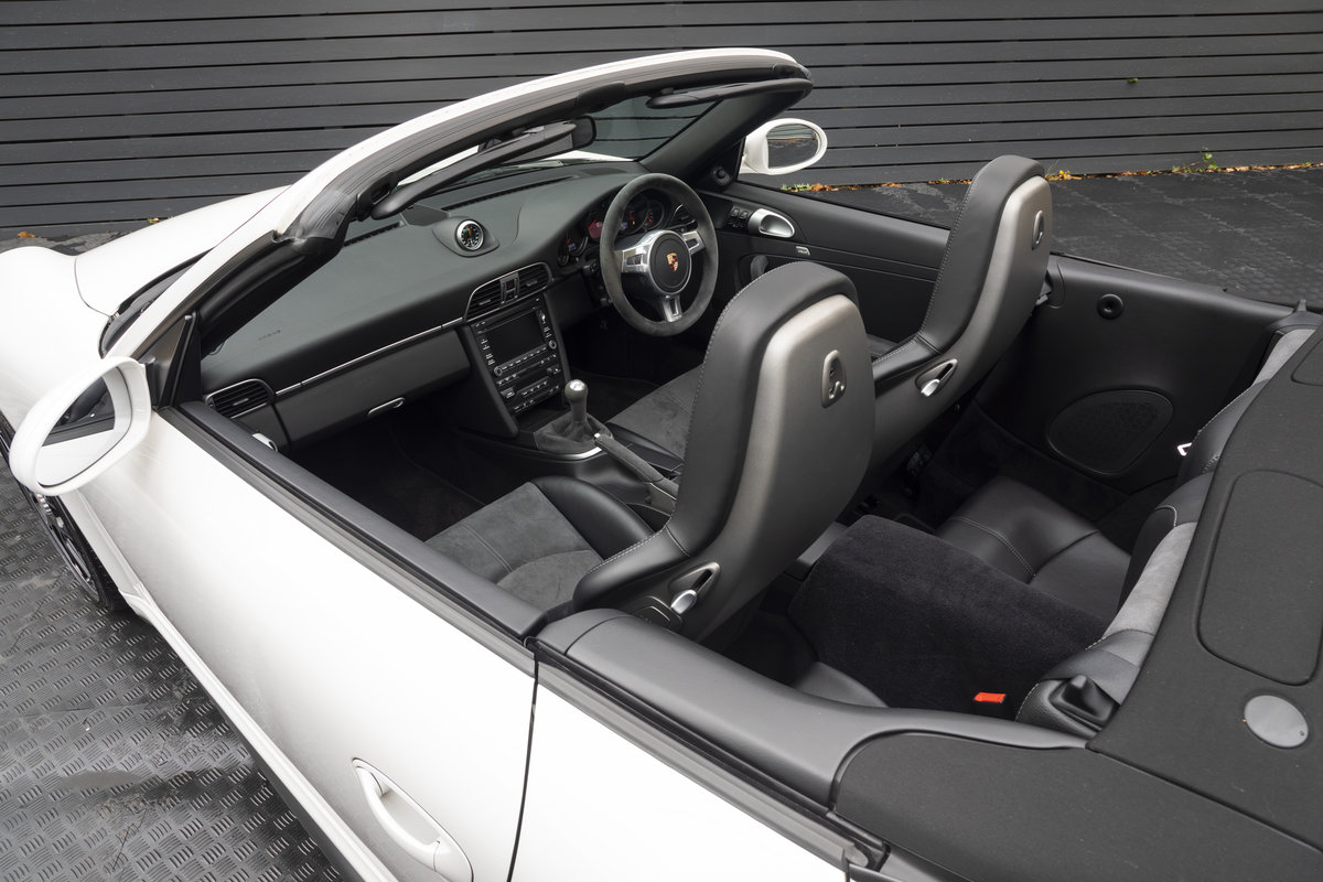 2011 PORSCHE 997 GTS 3.8 CABRIOLET MANUAL For Sale (picture 8 of 22)