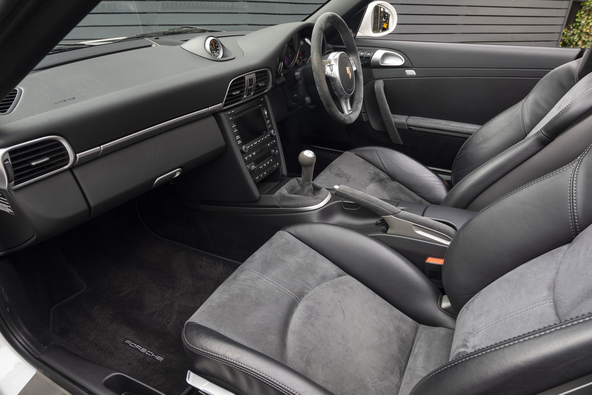 2011 PORSCHE 997 GTS 3.8 CABRIOLET MANUAL For Sale (picture 12 of 22)