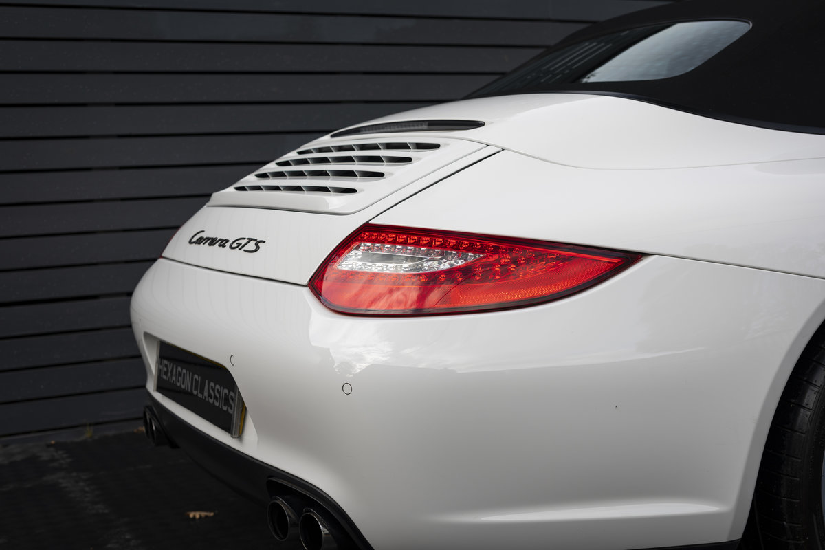 2011 PORSCHE 997 GTS 3.8 CABRIOLET MANUAL For Sale (picture 18 of 22)