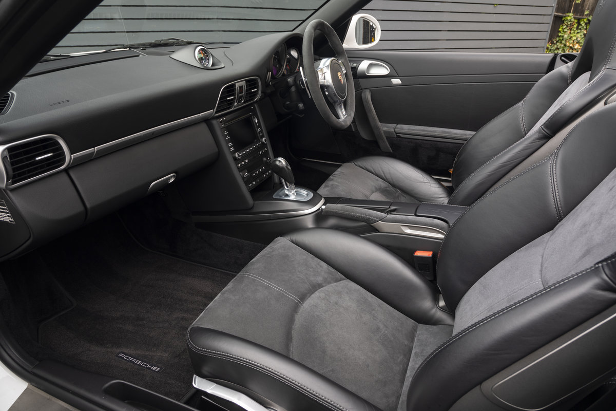 2011 PORSCHE 911 (997) CARRERA GTS CABRIOLET PDK For Sale (picture 10 of 24)
