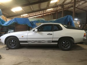 1982 Porsche 924 non sunroof. 2.0. white. 5 speed For Sale