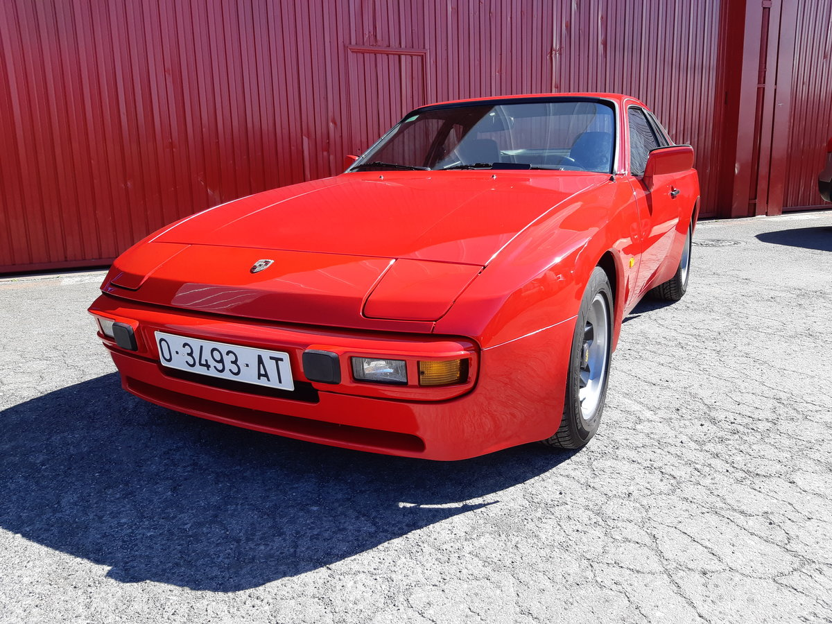 1982 Porsche 944. lhd  first year of production For Sale (picture 2 of 6)