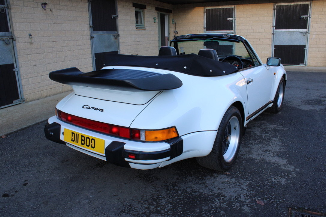 1987 PORSCHE 911 SUPERSPORT CAB – 60,000 MILES – £75,950 For Sale (picture 12 of 23)