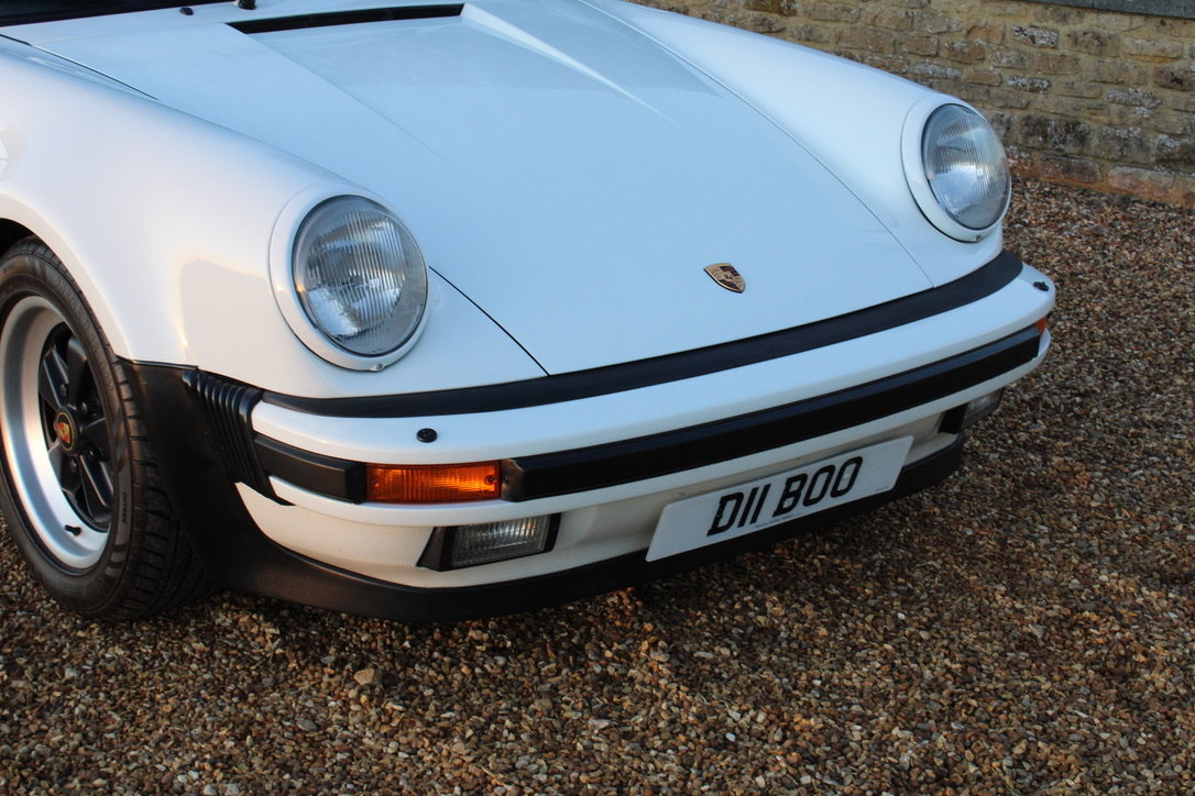 1987 PORSCHE 911 SUPERSPORT CAB – 60,000 MILES – £75,950 For Sale (picture 16 of 23)