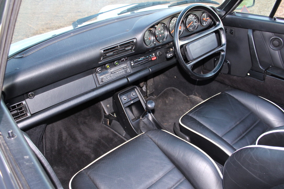 1987 PORSCHE 911 SUPERSPORT CAB – 60,000 MILES – £75,950 For Sale (picture 22 of 23)