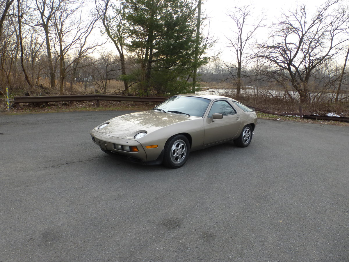 1983 Porsche 928S Nice Driver For Sale (picture 3 of 6)