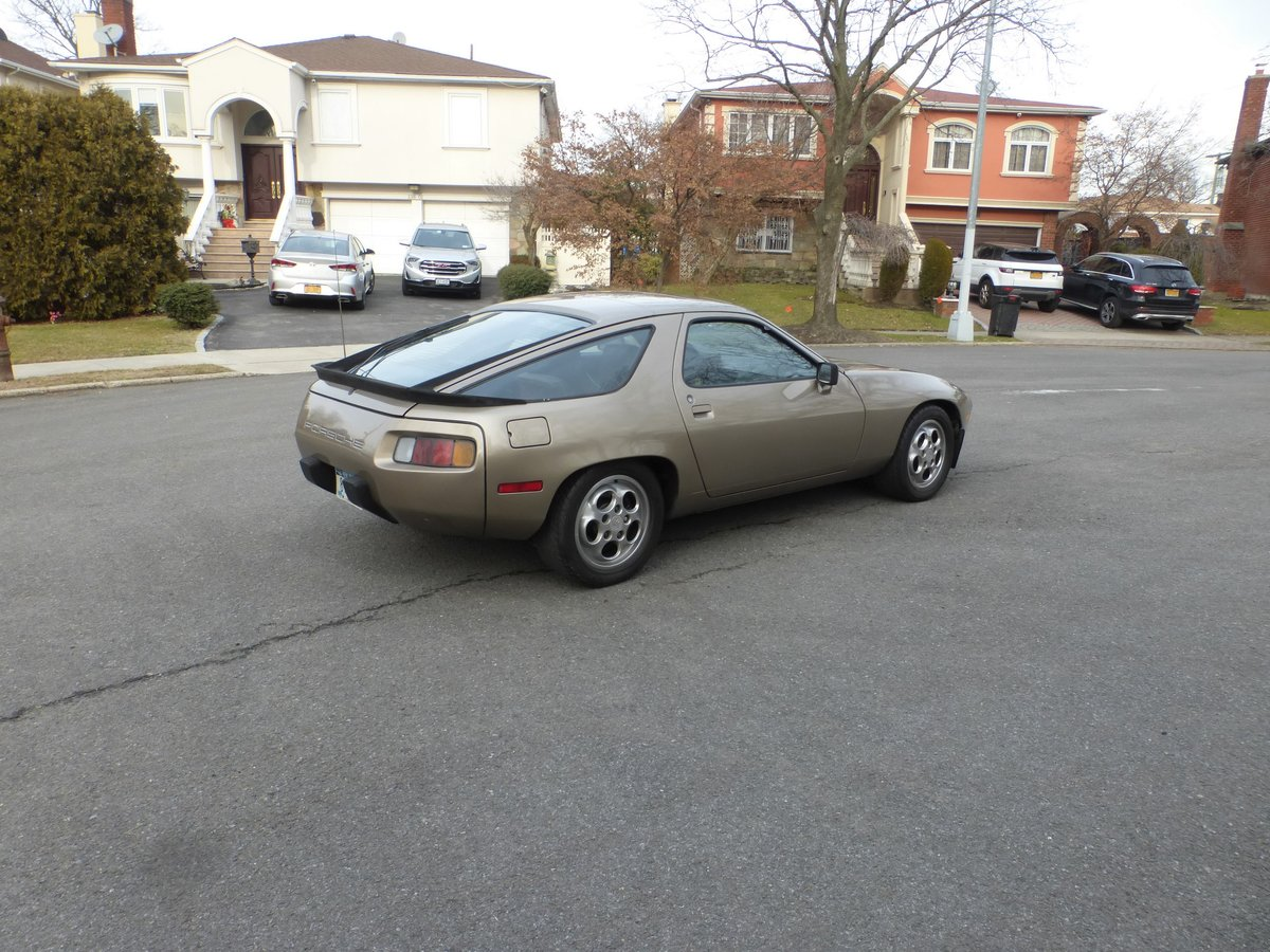 1983 Porsche 928S Nice Driver For Sale (picture 4 of 6)