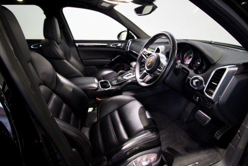 2016 Porsche Cayenne Diesel V8S Huge Spec Porsche Warranty Apr 21 For Sale (picture 6 of 6)