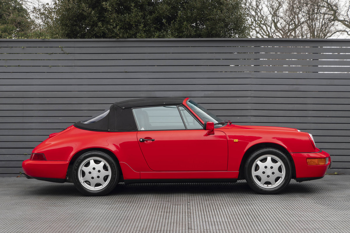 1990 Porsche 911 (964) C2 Cabriolet (ONLY 9600 MILES) For Sale (picture 5 of 15)