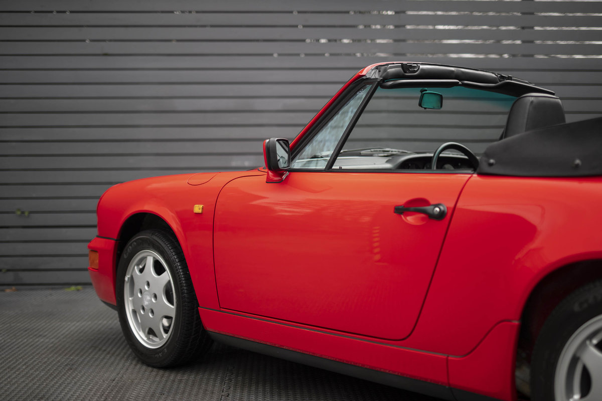 1990 Porsche 911 (964) C2 Cabriolet (ONLY 9600 MILES) For Sale (picture 12 of 15)