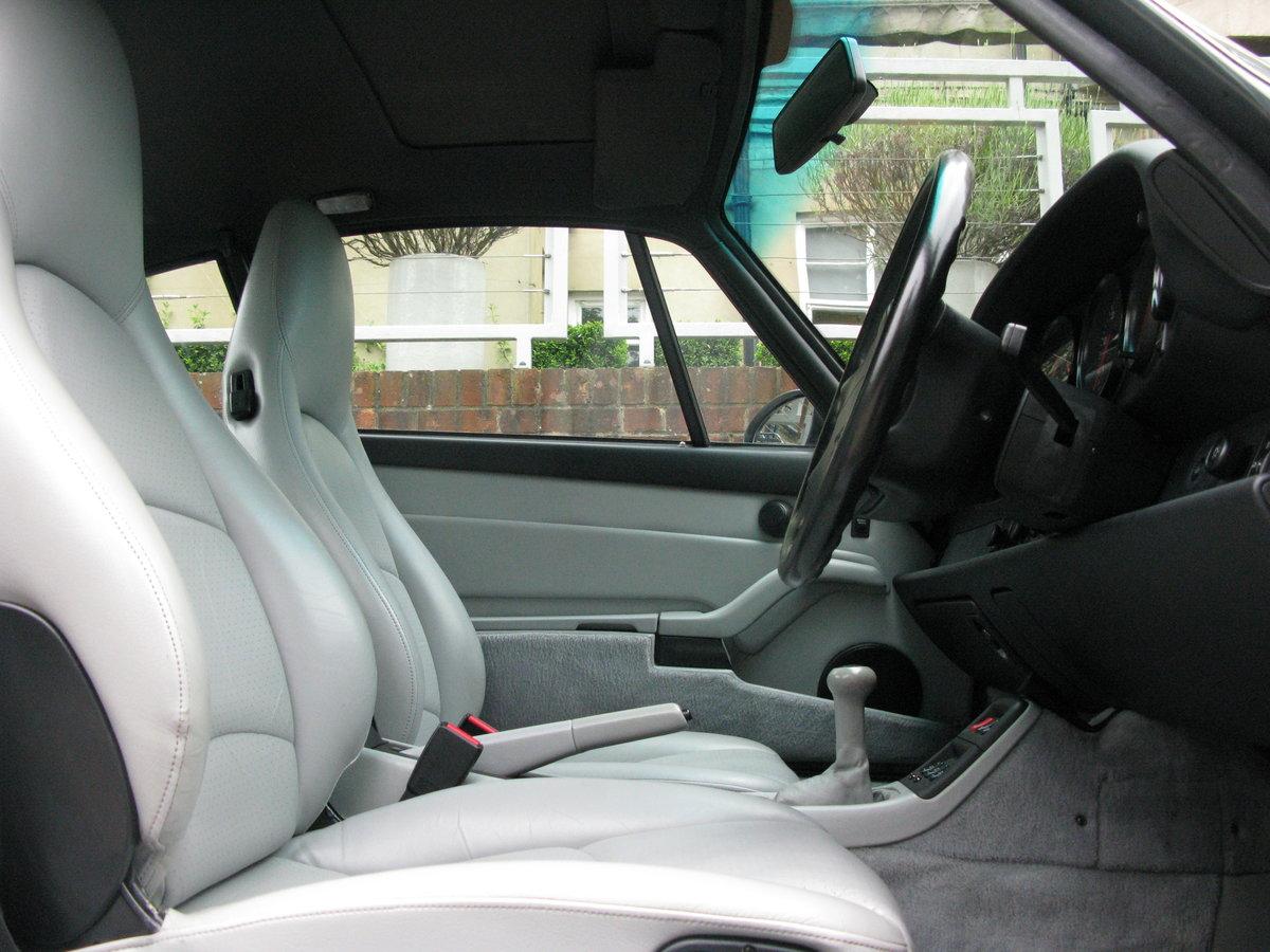 1995-PORSCHE 911 (993) CARRERA COUPE MANUAL  For Sale (picture 4 of 6)