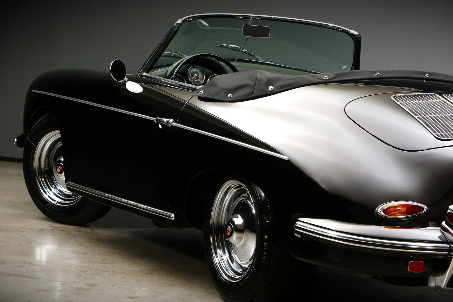 1961 Porsche 356 B T6 Roadster For Sale (picture 4 of 6)